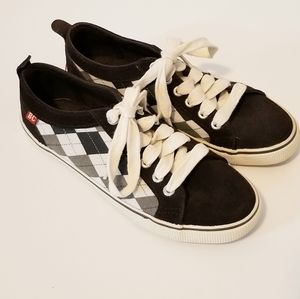 BC FOOTWEAR LIFE OF THE PARTY SUEDE ARGYLE SNEAKER